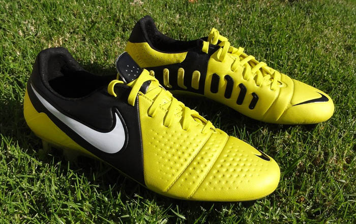 Модельный ряд бутс Nike