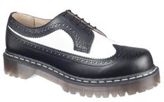 2a71269ff Новая коллекция поступит в продажу в сентябре этого года и будет доступна в  салонах компании «Обувь XXI века» в Москве и Санкт-Петербурге.