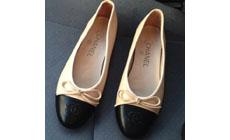 Отличаем настоящие туфли Chanel от подделки