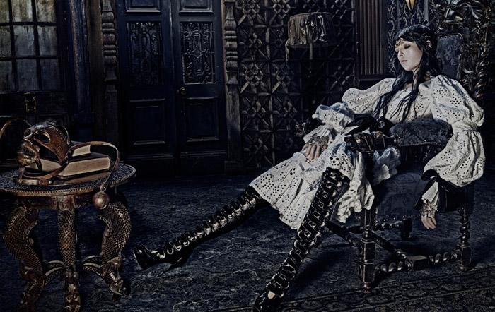 Женская коллекция Alexander McQueen
