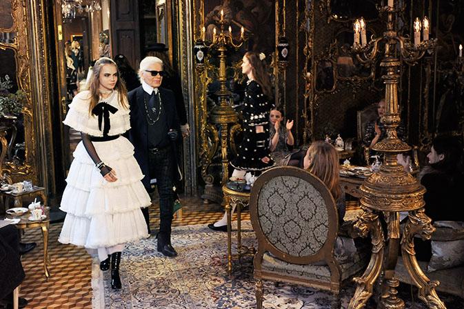 Показ коллекции Chanel Metiers D'Art Paris-Salzburg