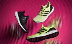 Беговые кроссовки adidas UltraBoost в новых ярких цветах