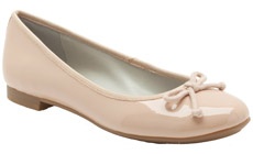 Модели обуви Clarks  на плоской подошве