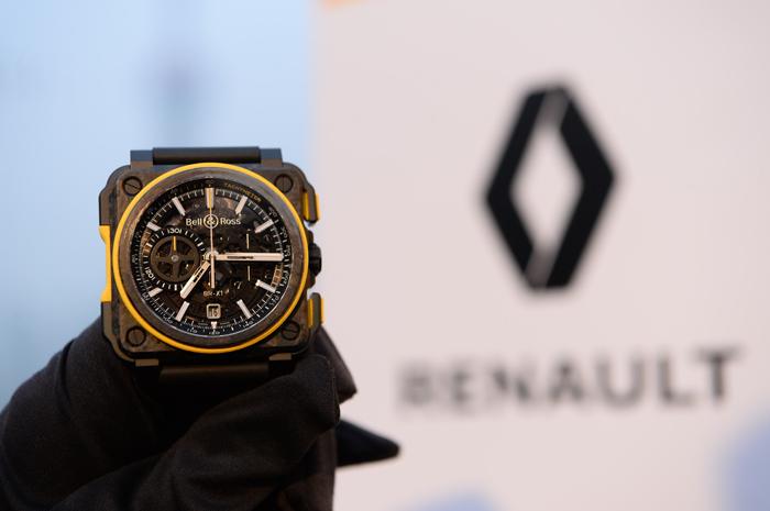 Новые часы Bell & Ross BR X1 RS16