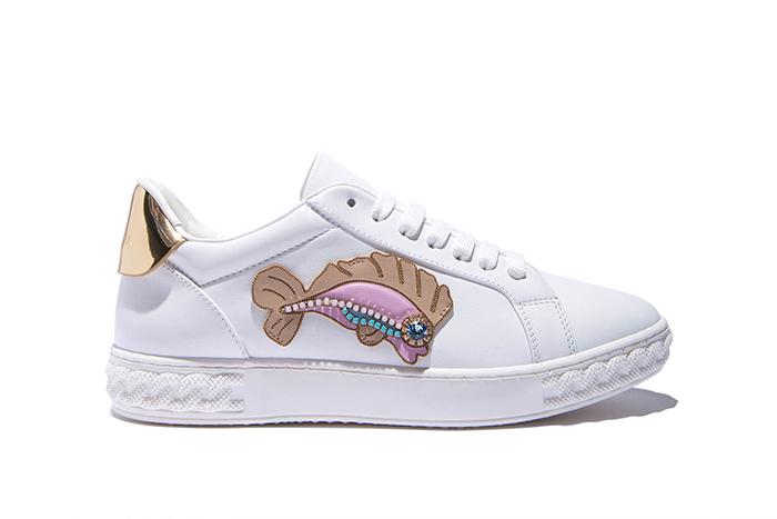 Яркие кроссовки Casadei